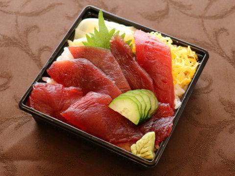 鉄火丼(ランチ限定11:00~14:00)